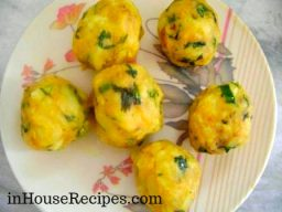 Ball shaped Aloo Mixture