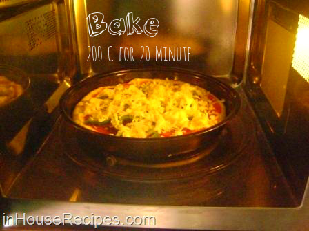 Bake pizza microwave convection