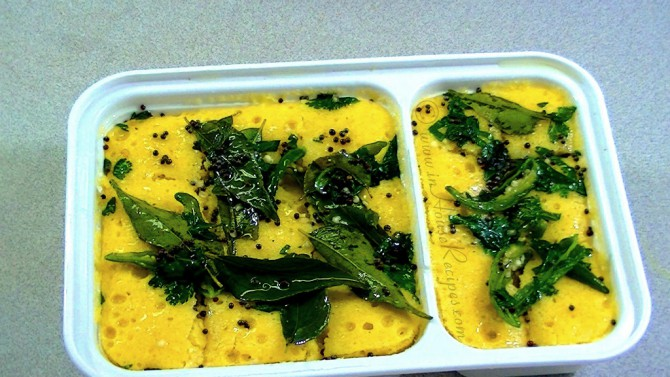 Dhokla made in microwave with tadka is ready to serve