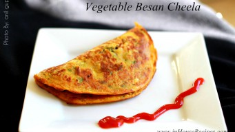 Vegetable besan chilla served with Tomato sauce