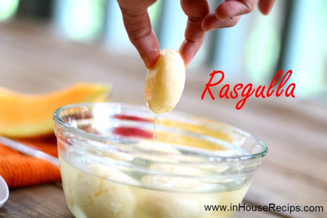 Sponge Rasgulla – Picking up, squeezing the juice and swallowing it in one go is an experience in itself